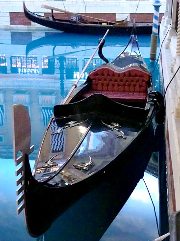 The gondola makes it truly Venetian!